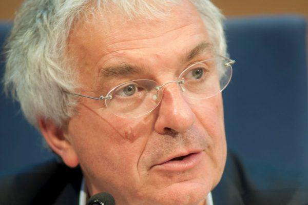 Gilles Bonnefond : « Les pharmaciens sont en mesure de prévenir l'antibiorésistance et de dépister le cancer colorectal. »